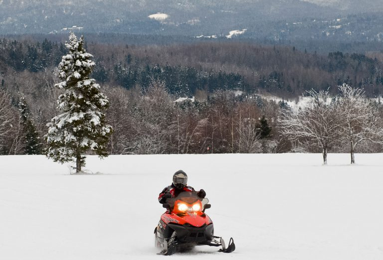 New Hampshire Snowmobiling,  Snowmobiling in New Hampshire